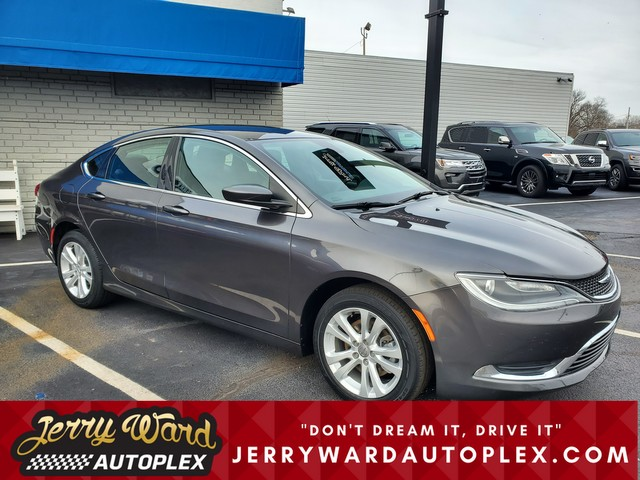 Pre-Owned 2016 Chrysler 200 Limited Platinum