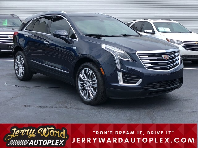 Pre-Owned 2017 Cadillac XT5 AWD Premium Luxury AWD