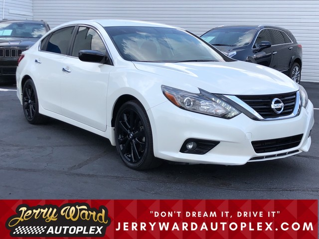 Nissan Of Union City >> Pre Owned 2017 Nissan Altima 2 5 Sr Front Wheel Drive Sedan