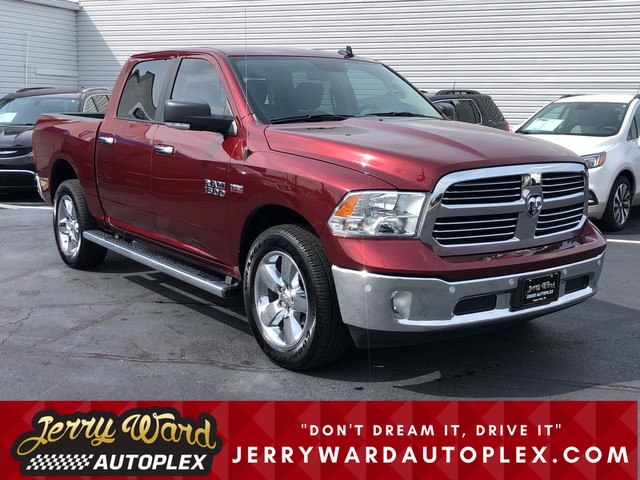 Pre-Owned 2017 Ram 1500 Crew Cab 4WD Big Horn