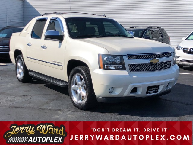 Pre-Owned 2012 Chevrolet Avalanche 4WD LTZ