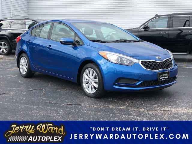 Captivating Pre Owned 2014 Kia Forte LX