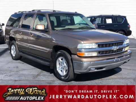 Pre-Owned 2004 Chevrolet Suburban 2WD LT