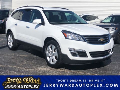 Pre-Owned 2017 Chevrolet Traverse FWD LT