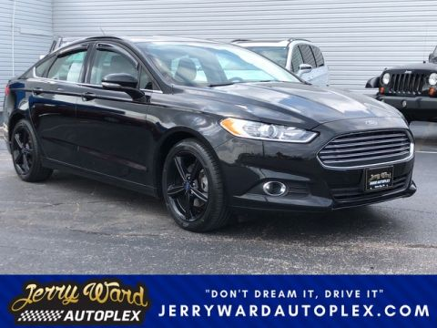 Pre-Owned 2016 Ford Fusion SE Front Wheel Drive Sedan