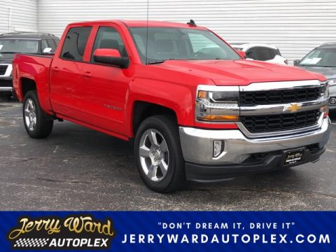 Pre-Owned 2017 Chevrolet Silverado Crew Cab 4WD LT Four Wheel Drive Pickup Truck