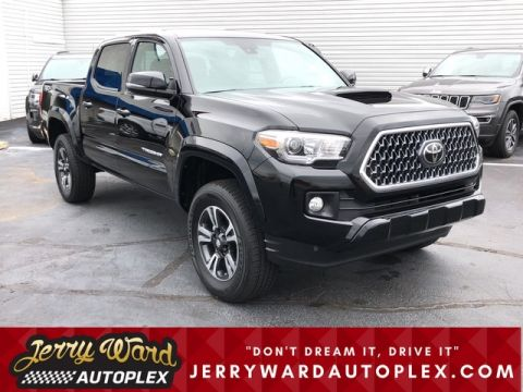 Pre-Owned 2019 Toyota Tacoma Double Cab 4WD TRD Sport